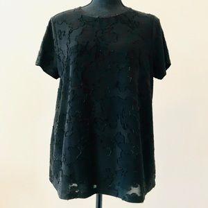 New Kenzie T-shirt Size L